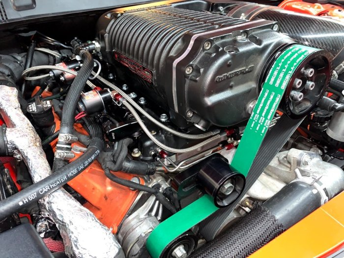 Dodge Charger SRT Hellcat 7.90