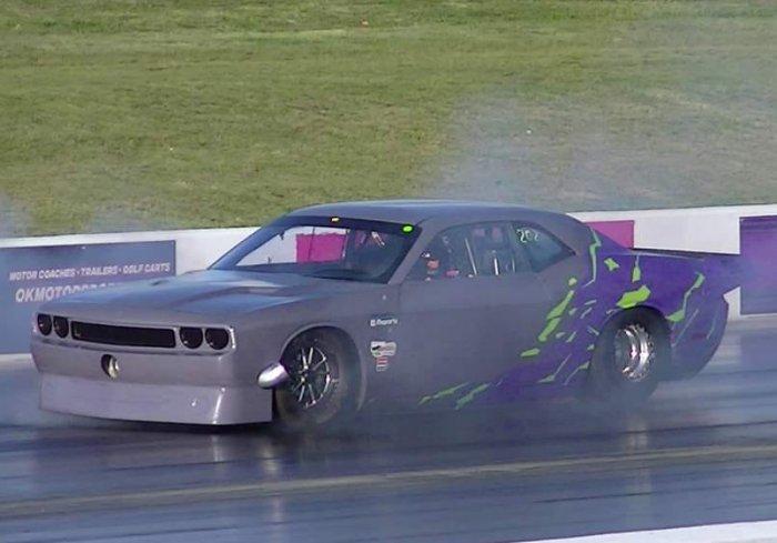 Genarelli Dodge Challenger